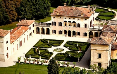 Villa Giona near Verona and Lake Garda